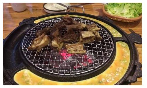 京城巷子里地摊烤肉加盟费用总店介绍
